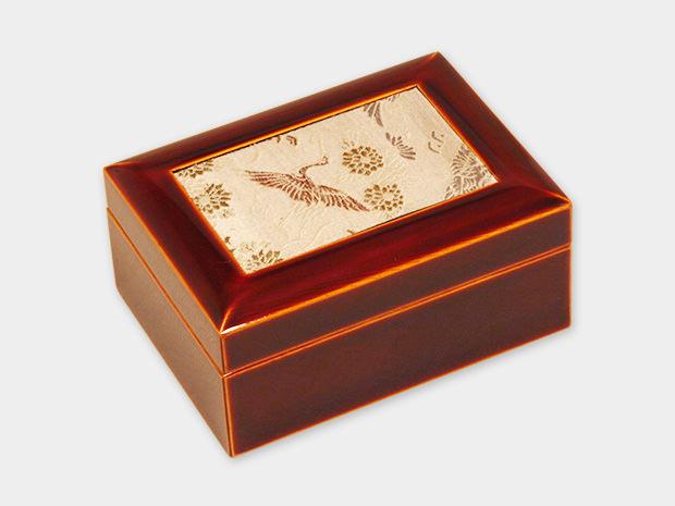 飛騨春慶塗 伝統工芸品 布張小箱 小 古布(緞子) 1
