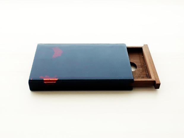 飛騨春慶塗 伝統工芸品 カード・名刺ケース スライド式マグネット付 大 青(銀箔) 1