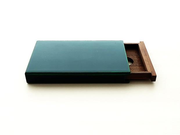 飛騨春慶塗 伝統工芸品 カード・名刺ケース スライド式マグネット付 大 緑 1