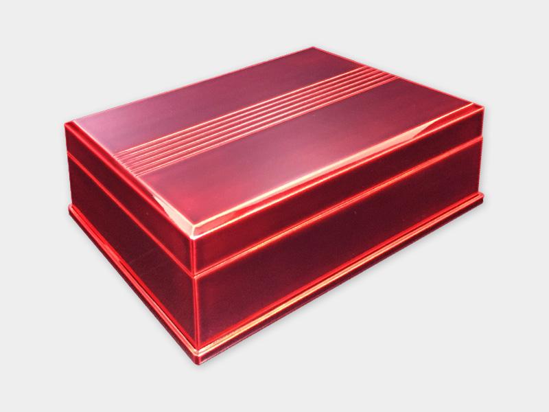 飛騨春慶塗 伝統工芸品 小箱 (2019) 紅 〈弁当箱・重箱可〉 1
